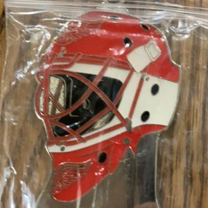 1 Detroit Red Wings Key Chain